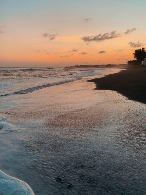 Бали берег моря