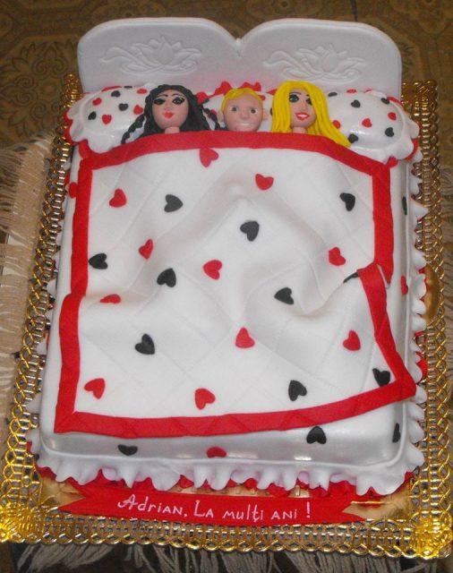 торт - кровать