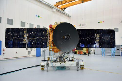 ОАЭ запускает свой первый космический зонд на Марс