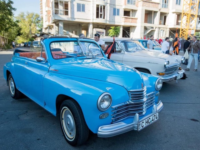 В Кишиневе автопробег ретроавтомобилей по случаю годовщины Ясско-Кишиневской операции