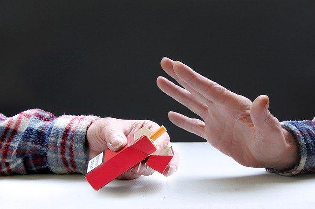 С 15 августа табачные изделия снимают с витрин магазинов