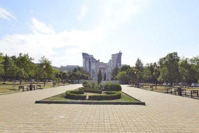 """В парке """"Афганцев"""" проходят ремонтные работы"""