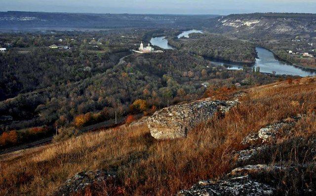 фотографии осенней Молдовы от Олега Канеева