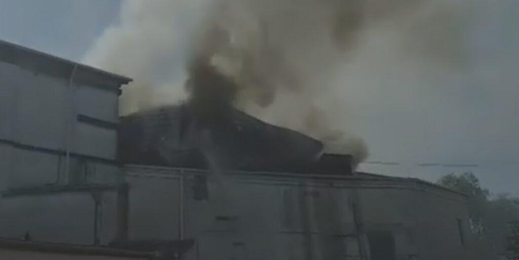 В Кишиневе горит здание Национальной филармонии. Крыша провалилась