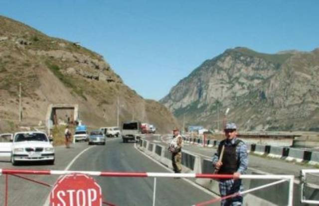 В Армении из-за пандемии ввели режим карантина до 11 января 2021 г