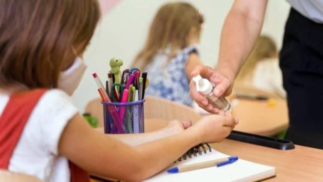 Уроки в некоторых школах могут сократить до 30 мин