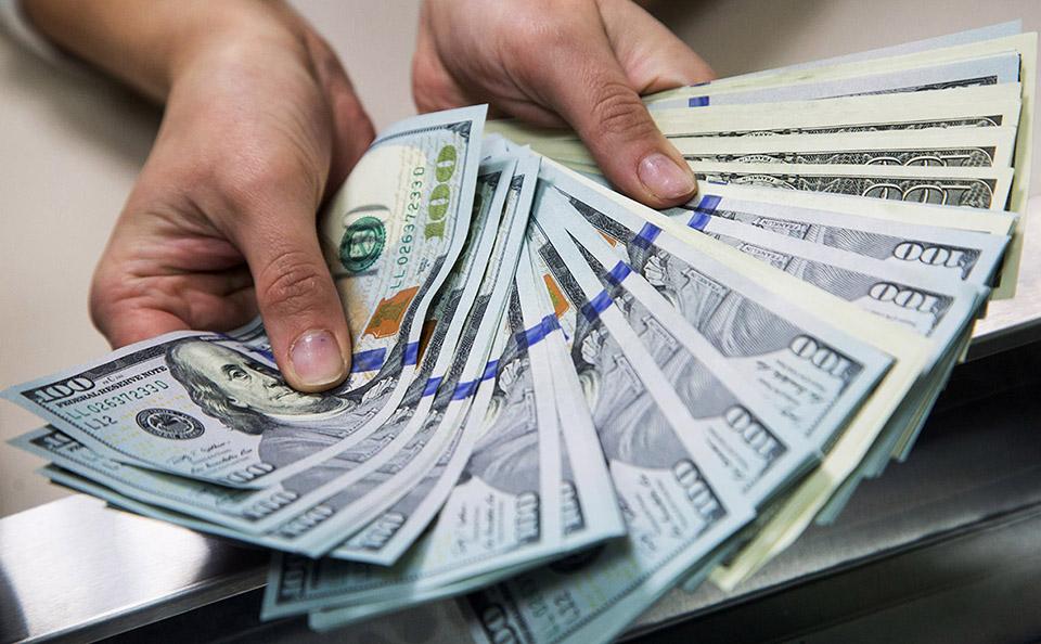 1 млрд долларов – за время пандемии! Граждане Молдовы отправляют домой больше денег