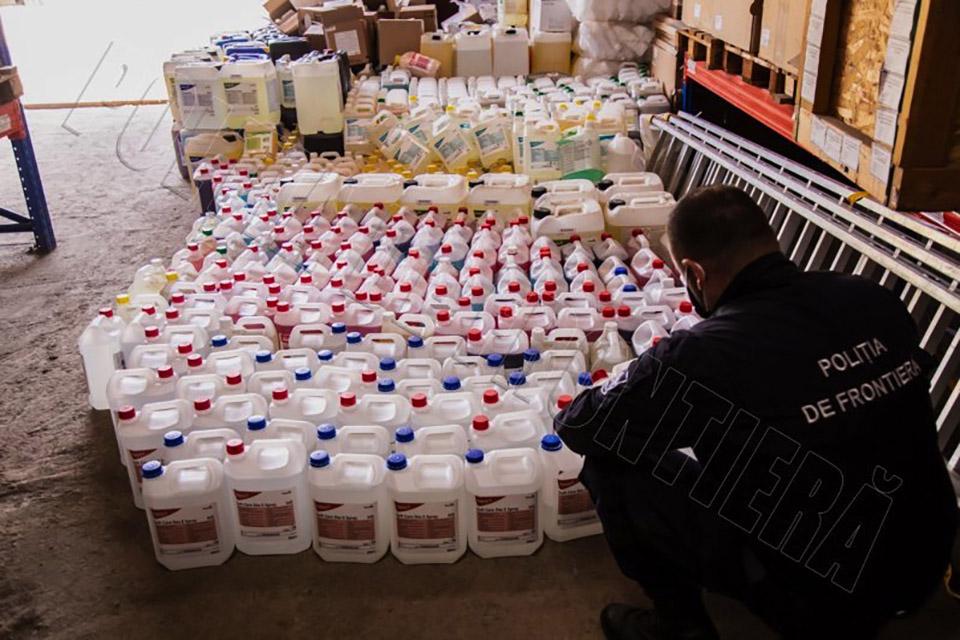 В Кишиневе производили поддельные дезинфектанты. В местах, где их использовали, начались вспышки COVID-19