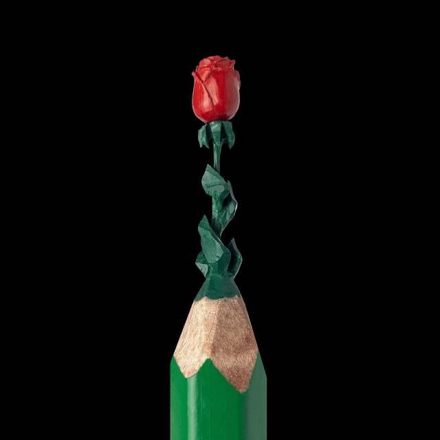 потрясающие микроскульптуры из грифеля карандаша