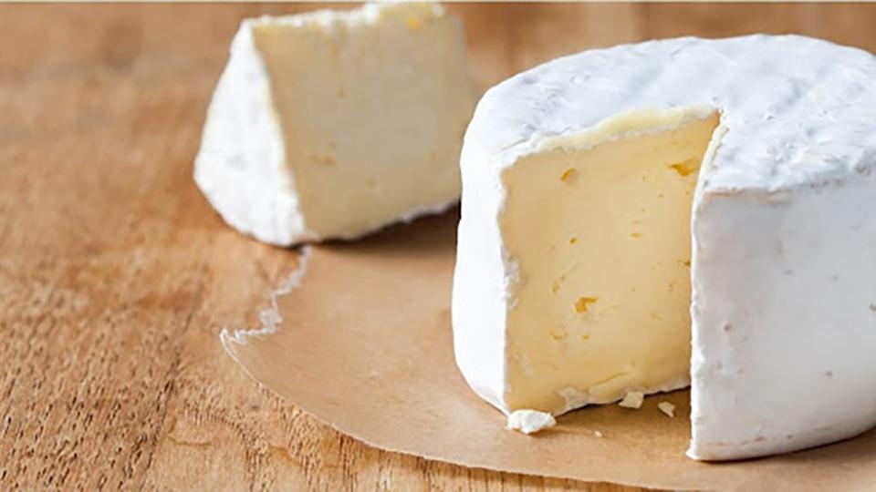 В Молдове делают сыр из ослиного молока.
