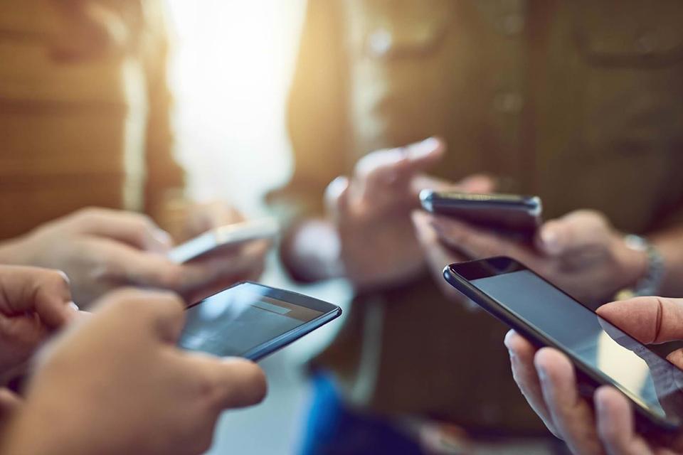 В 9 из 10 случаев люди заглядывают в смартфон без повода