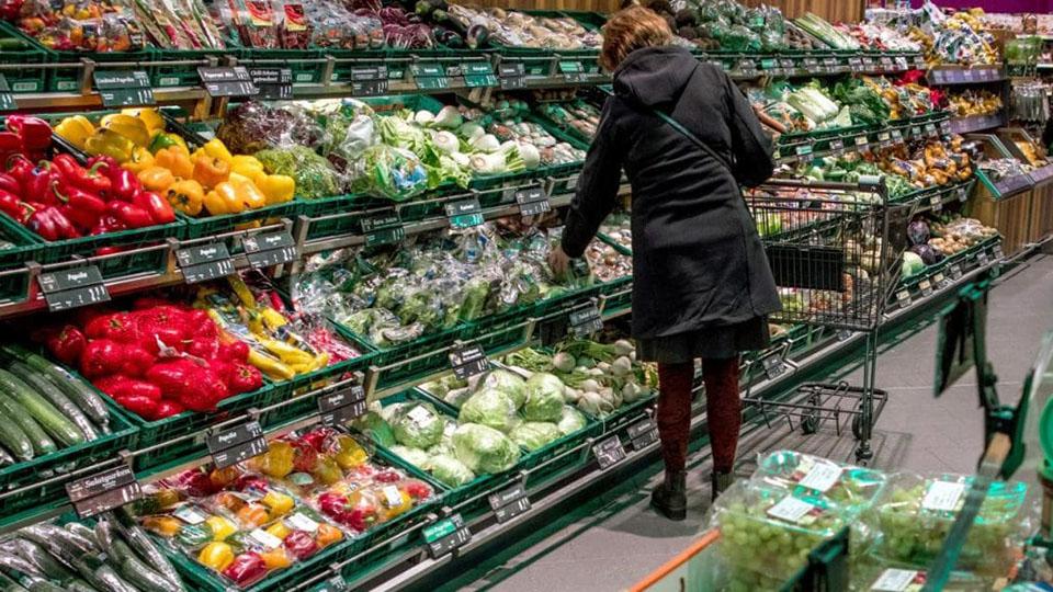 В молдавских супермаркетах дорожают импортные овощи
