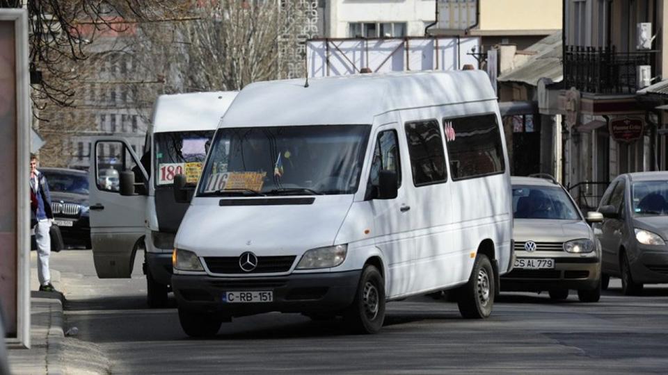 Перевозчики объявили о протесте. 23 февраля не выйдут на рейс 2500 маршруток