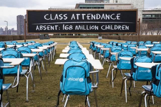 168 млн детей во всем мире не посещали школы целый год из-за пандемии