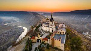 Прекрасные виды Старого Оргеева. Moldova: A place to find yourself